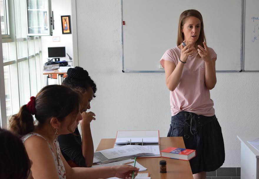 Cours d'été intensifs de français, Association découvrir, Genève