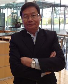 Pierre Nguyen, professeur de français niveau C1 et préparation au DALF C1 à l'association découvrir